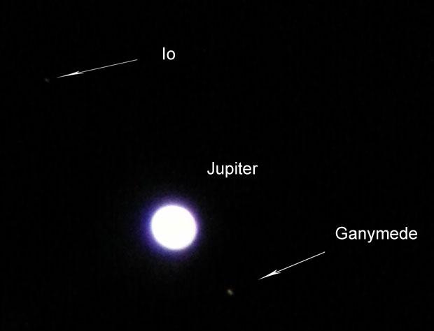 Jupiter-Io-Ganymede-seen-through-telescope